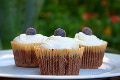 fudge-olive-oil-cupcake